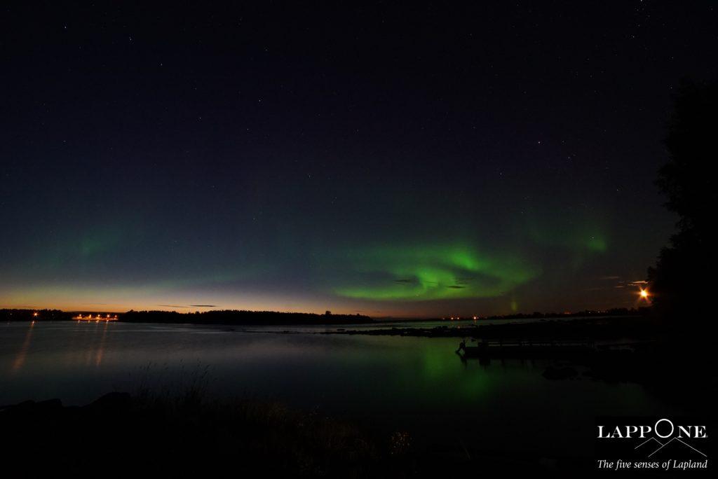 Kukkolankoski_sunset_aurora_moon